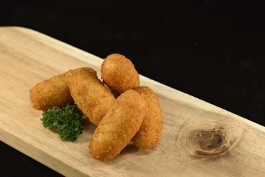 Verse aardappelkroketten per 10 stuks 2,30 €