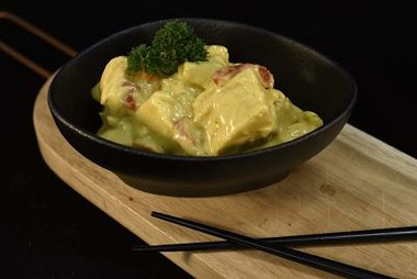 Kip in currysaus 13,90 €/kg
